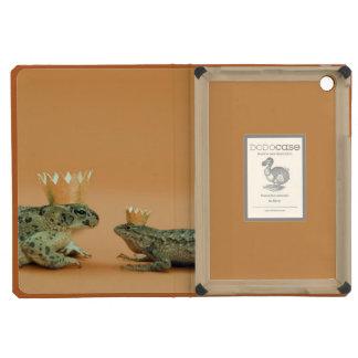 Frog and lizard wearing crowns iPad mini covers