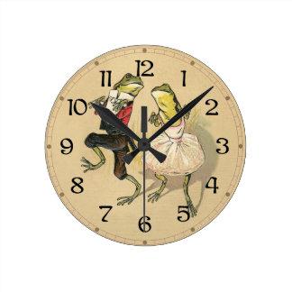 Froggy Cake Walk Round Clock