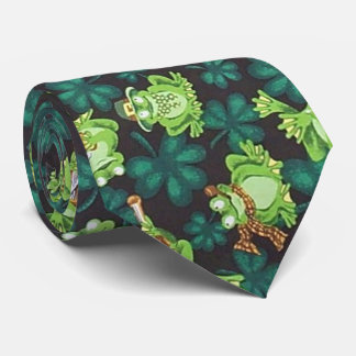 Frogs and Shamrocks Tie
