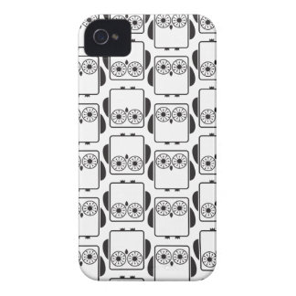 From Lucy: COOL GEEKY OWL PATTERN | black & white iPhone 4 Covers
