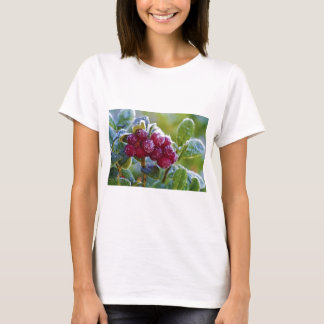 Frosted lingonberries T-Shirt