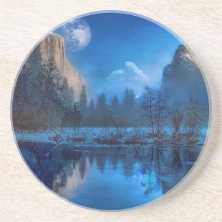 Full moon in Yosemite Coaster