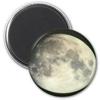 Full Moon Magnet