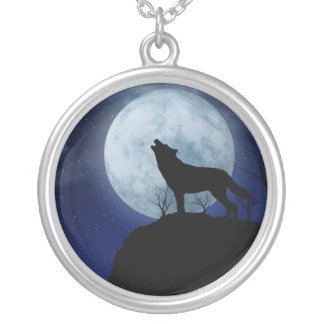 Full Moon Wolf Round Pendant Necklace
