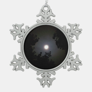 Full Supermoon In The Mist Snowflake Pewter Christmas Ornament