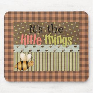 Fun Comic Bumble Bee Little Things Mousepad