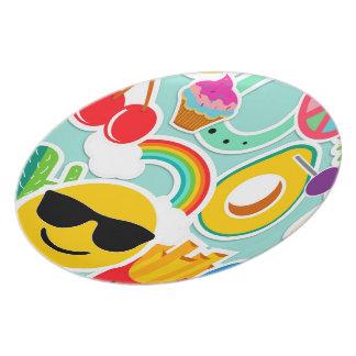 Fun Emoji Sticker Pattwern Party Plate