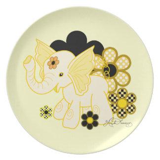 Fun Yellow Elephant Party Plates