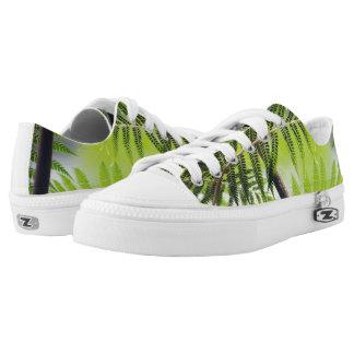 Funky sneakers fern