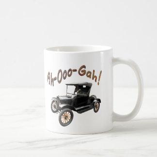 Funny Ah-Ooo-Gah Old Classic Car Horn Rusty Coffee Mug