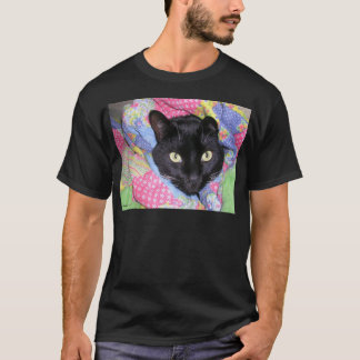 Funny Cat: Wrapped in Blankets - T-Shirt