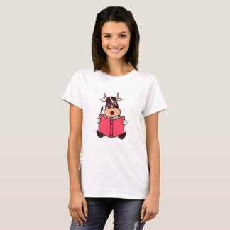 Funny Cow Bookworm Reading Lover Cartoon T-Shirt