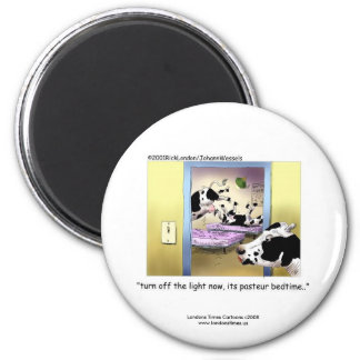 "Funny Cows:Novelty Magnet: ""Pasteur Bedtime"" Refrigerator Magnets"