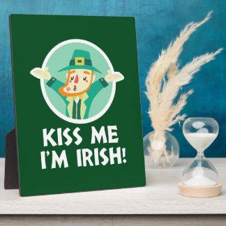 Funny Leprechaun Kiss Me I'm Irish Saint Patrick Plaque