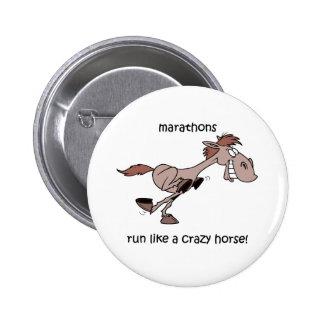 Funny marathon 6 cm round badge