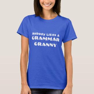 "Funny ""Nobody Likes A Grammar Granny"" T-Shirt"