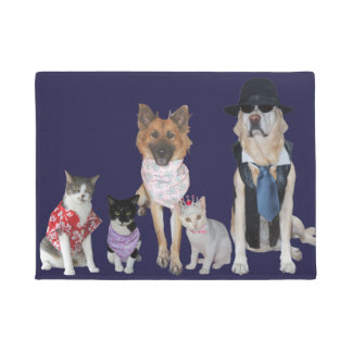 Funny Pet Welcoming Committee Doormat