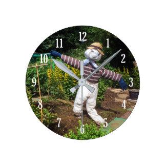Funny scarecrow round clock