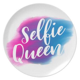 Funny Selfie queen Plate