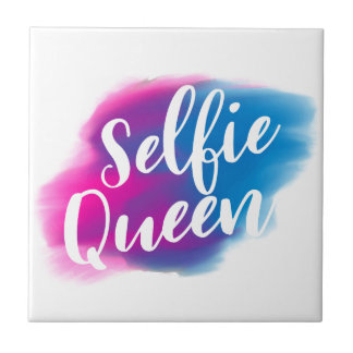 Funny Selfie queen Small Square Tile