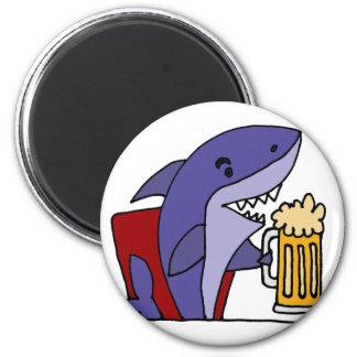 Funny Shark Drinking Beer 6 Cm Round Magnet
