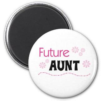 Future Aunt 6 Cm Round Magnet