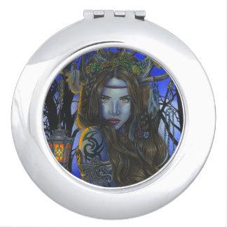 """Gaia"" compact mirror"