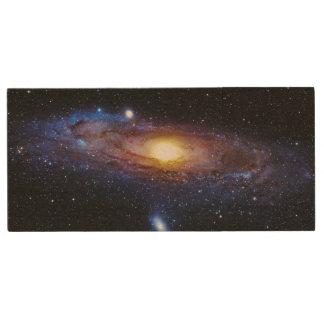 Galaxy Unknown Wood USB 2.0 Flash Drive