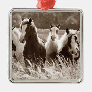 ***GALLOPING GROUP OF HORSES*** CHRISTMAS ORNAMENT