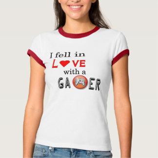 gamer love womans T T-Shirt