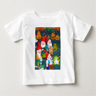 Garden gnome tee shirt