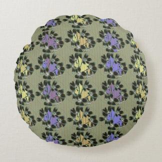 Garden-Patch__Abstract--Mod-Vintage-Decor Round Cushion