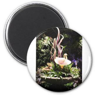 Garden Sculpture 6 Cm Round Magnet