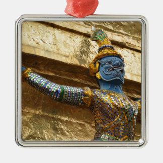 Garuda alone metal ornament