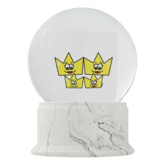 Gay family - Women - Queens - Neve Globe Snow Globe
