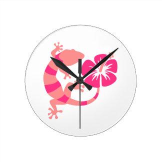 Gecko hibiscus round clock