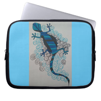 Gecko in blue and black. laptop sleeve