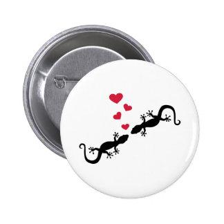 Gecko red hearts love 6 cm round badge