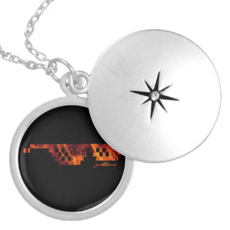 Geekflame Medallion Silver Plated Necklace