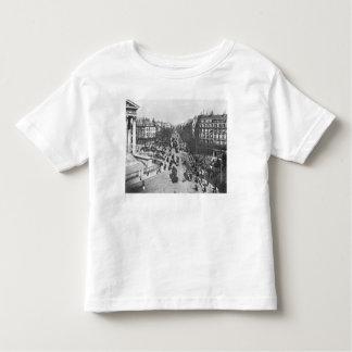 General view of the Place de la Madeleine Tshirt