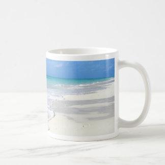 Gentle Surf Basic White Mug