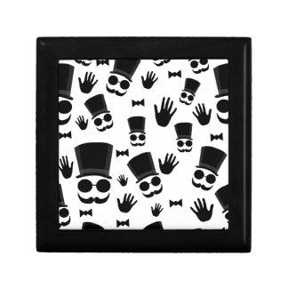 Gentleman pattern small square gift box
