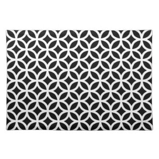 Geometric Place Mats in Black and White
