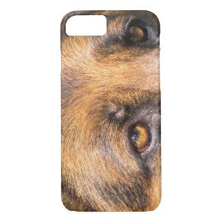 German Shepherd dog, close up on eyes iPhone 8/7 Case