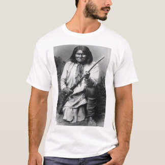'Geronimo with Gun at the Ready' T-Shirt
