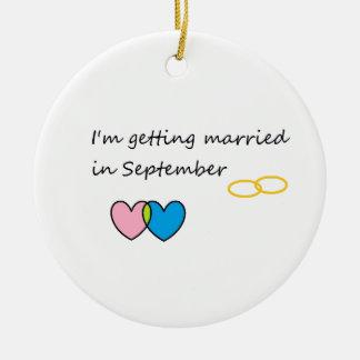 getting married 2 round ceramic decoration