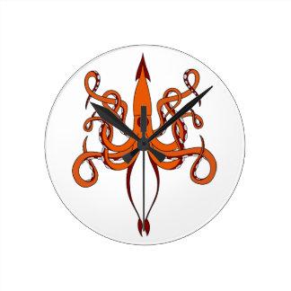 giant squid round clock