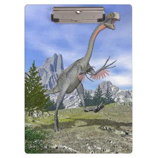 Gigantoraptor dinosaur running - 3D render Clipboard