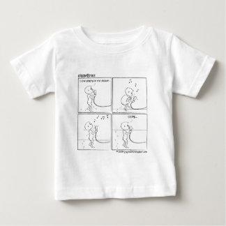 giggleBites: Singing In The Shower T Shirts