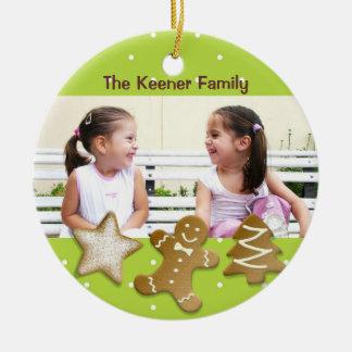 Gingerbread man holiday sugar cookies photo green round ceramic decoration